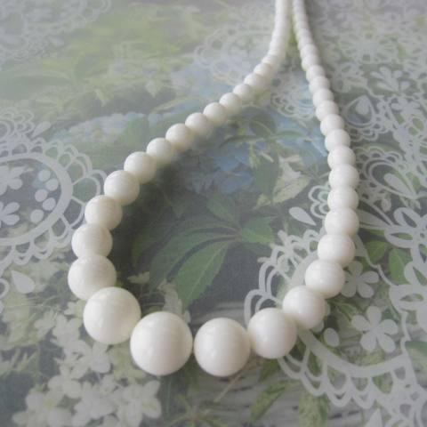 純白の白珊瑚グラデーションネックレス(センター12.5ミリ)/44センチ/SILVER/『宝石サンゴ』