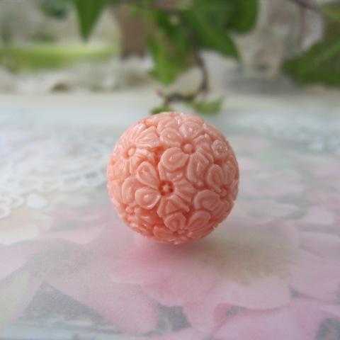 桃サンゴ全面彫り大玉パーツ/21ミリ/桜の彫り/(穴なし)/手芸/オリジナルパーツ