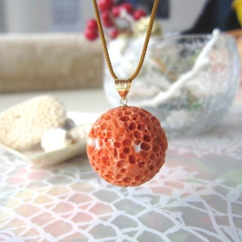 【大粒】桃珊瑚す玉のペンダント(22ミリ)/K18/コーラル/さんご・サンゴ