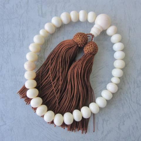 シナ海珊瑚の数珠(念珠)高級みかん玉(10.5ミリ)/片手数珠/葬儀/法要/『宝石サンゴ』