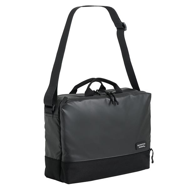 軽量感と高い撥水性 セール品 A4サイズ対応の横型ショルダーバッグ マンハッタンパッセージ A4 #3380 1個 プラス2.1 オーバーのアイテム取扱☆ ショルダーバッグ