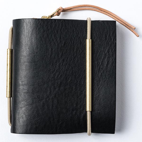 ゴム留めにより簡単にカスタムが可能な2つ折り財布 ウインズファクトリー コンバイン ショートウォレット WL8506 1個