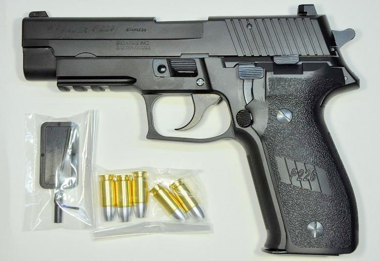 タナカ モデルガン SIG P226 レイルドフレーム HW 6682-24800