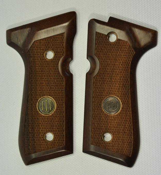 Beretta社 ベレッタM92FS用 実物木製グリップ QQ_E00751-11000