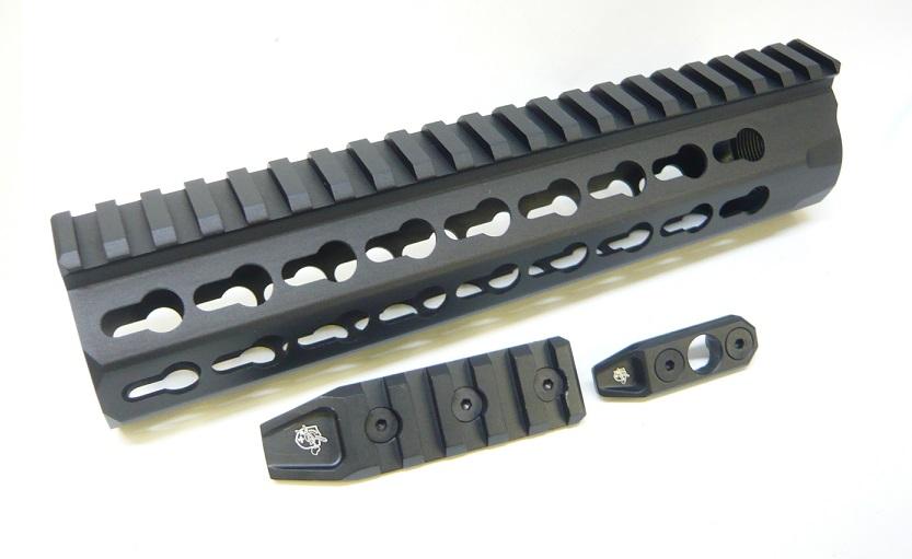 IRON Knight's URX4 8.5inchタイプ KEYMOD レールハンドガード Black PTW/GBB用 IRON-1310C-9500-WOE