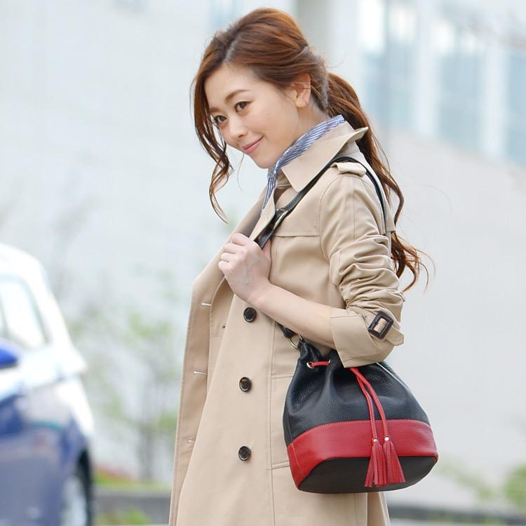 Jamale ブランド 日本製 牛革 巾着バッグ ショルダーバッグ レディース バイカラー 鞄 ショルダーバッグ ななめがけ 斜めがけ 女性 本革 レザー 着物 軽量 旅行 ミニショルダー ギフト  母の日 プレゼント 花以外
