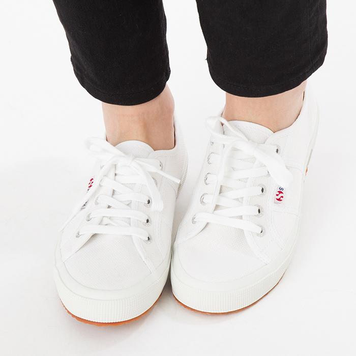 スペルガスニーカー靴シューズメンズレディースキャンバスカジュアルSUPERGA2750COTUCLASSIC白ホワイト