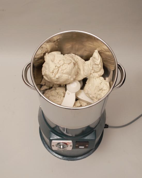 出雲小型ミキサー単相100V0.2kwパスタ餃子の皮ラーメンそばうどん餃子肉まん生地ミキサーΨ310×H668(mm)BM-2(P)