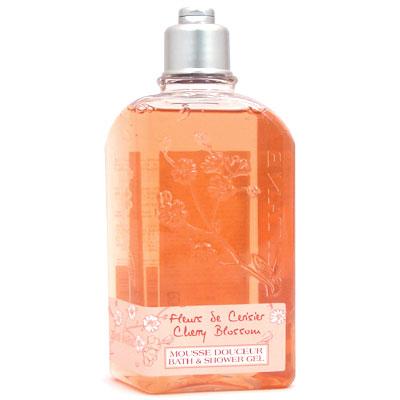 デリケートな肌をやさしく洗いあげます ロクシタン L'OCCITANE シャワージェル 大幅値下げランキング ついに入荷 チェリーブロッサム 250ml