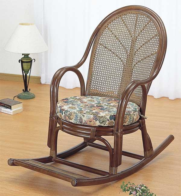 籐椅子 ラタンロッキングチェアー