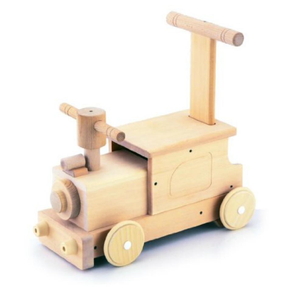 森のピイポートレイン MOCCO W-036丁寧作られた日本製の木のおもちゃです。手押し車としても使え、出産祝いや1歳の誕生日プレゼントに最適です。タイヤは床や壁を傷つけにくいソフトプラスチック本体サイズ:W37.5×D23×H39.5cm、重さ2150g