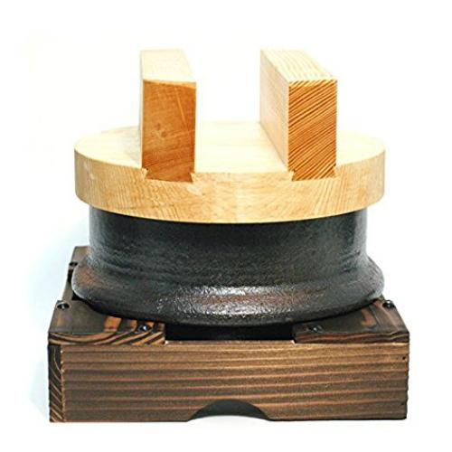 昔ながらのお釜セット 3合炊 34-09-05-SE 四日市 万古焼 土鍋 美味しく炊ける 木蓋 直径20×H8 本体 直径 18×H11.5 台 20×20×8センチ 職人の丁寧な仕上げ