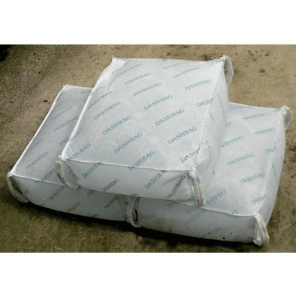 吸水性土嚢 スーパーダッシュバッグ DBW-021パッケージ(10袋入り)水害・浸水対策に!サイズ:吸水前 約400×360×15mm、吸水後 約400×360×150mm重 量:吸水前 0.27kg 吸水後 約20kgたったの2分で、約20kgの土のうが完成!