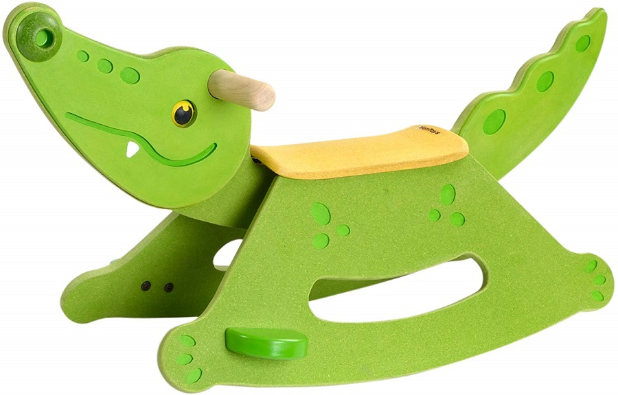 PLANTOYS 3609 ロッキングアリゲーターデザインと品質に優れた 環境に優しい 木のおもちゃ安定した台座と足置き、ハンドル付き。商品サイズ:27.2×76.3×40.8cm対象性別 :男女共用対象年齢 :2~5歳