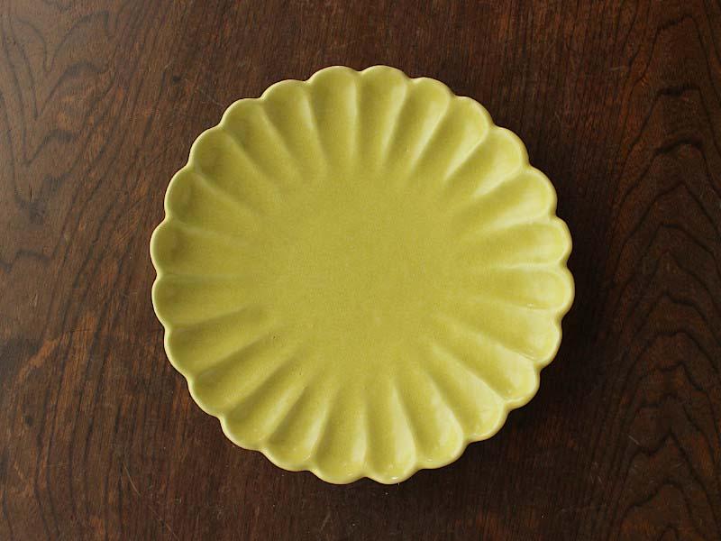 イエロープレート 輪花皿 花型 ケーキ皿 デザート皿 取り皿 中皿 おしゃれ可愛い 【アウトレット】黄色菊型皿17cm ※難あり