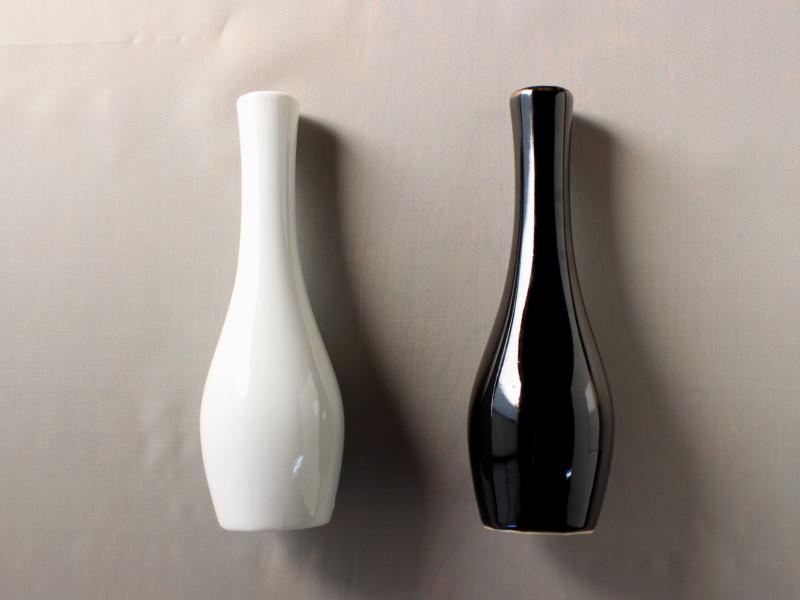 花瓶 白 黒 ホワイト ブラック 一輪挿し インテリア フラワーベース 【アウトレット】つる首花瓶18.5cm(2色選択)