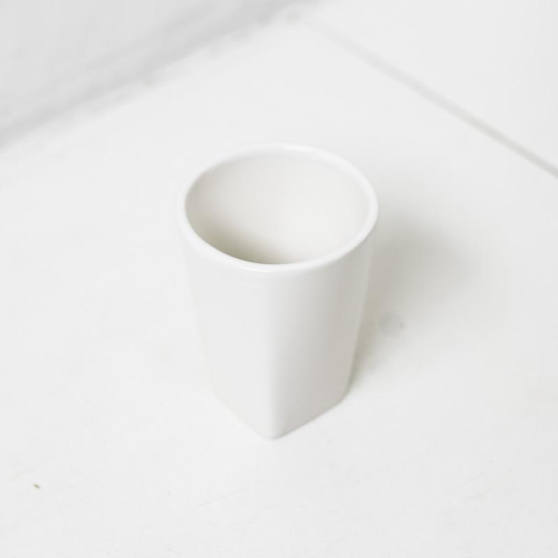 歯磨きコップ 歯磨き コップ ハミガキコップ 【b2cタンブラー(スクエア)●シンプルで持ちやすい大きさの歯磨きコップ】 歯磨きコップ 歯磨き コップ ハミガキコップ [b2c セラミック タンブラー(スクエア)]#SL_BT