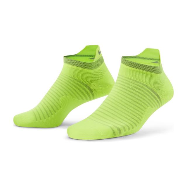 2021年秋冬 NIKE 実物 ウェア スポーツ トレーニング メール便可 ナイキ 靴下 ランニング 休日 DA3589-702 ライトウェイト ノーショーソックス スパーク