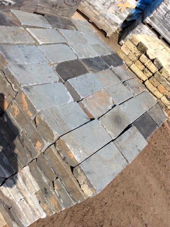 並形 グレー|国内 煉瓦 れんが  アンティーク ガーデニング 古煉瓦 庭 花壇 並形煉瓦 パレット 320個 10段