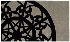 レースデザイン マット【サイズ:約70cm×120cm】SEKマーク(抗菌防臭)・滑り止め加工防ダニ加工 水洗い・丸洗いOKブラック/ホワイト