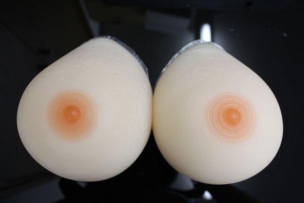 人工乳房 左右で1400g by1400 シリコン製バスト高級人工乳房 シリコンおっぱい シリコンバスト 女装 【乳がん】 Fカップ 人工乳房 最高の手触りと柔らかさを実現しました★ 02P05Dec15
