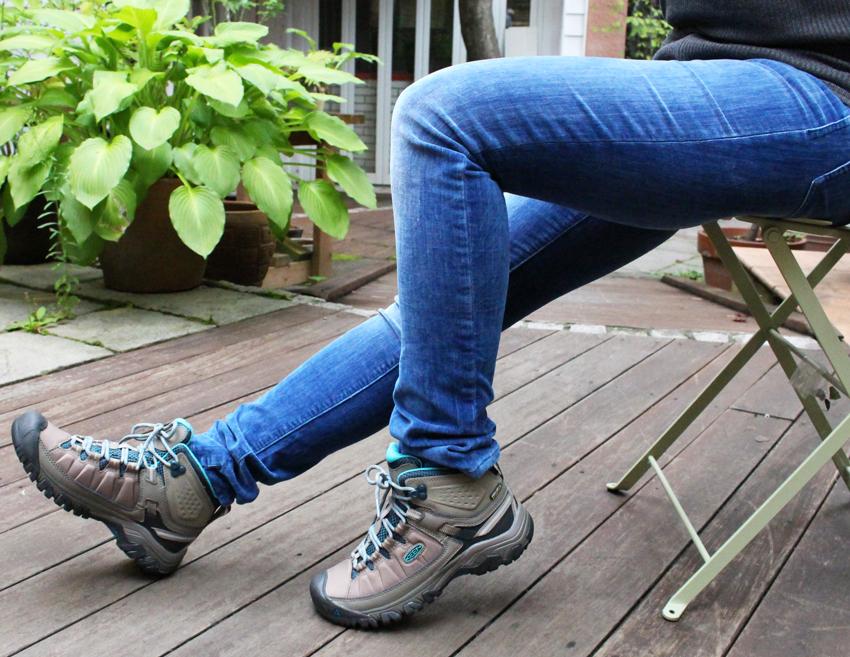 【24.5cmの方対応】【40%OFF】【さらに今なら10%OFFクーポンが利用可能です】[レディース] KEEN Targhee EXP Mid WP キーン ターギー EXP ミッド 防水ハイキングシューズ トレッキングシューズ ブーツ