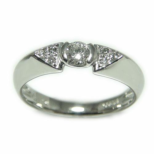 プラチナ Pt900 ダイヤモンド エンゲージ ブライダル リング 結婚指輪 鑑別書付 I1