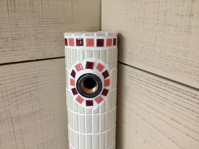 【在庫あり】タイルの水栓柱/水栓,水道,水回り,立水栓,屋外,ガーデン,手作り,ハンドメイド,日本製/ピンク×ワインC18