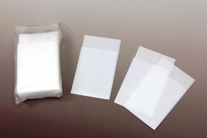 飲食店には欠かせない紙ナプキンお値打ち価格でご紹介 6つ折ナプキン 白無地 100枚入 250×250 低価格化 爆買い送料無料