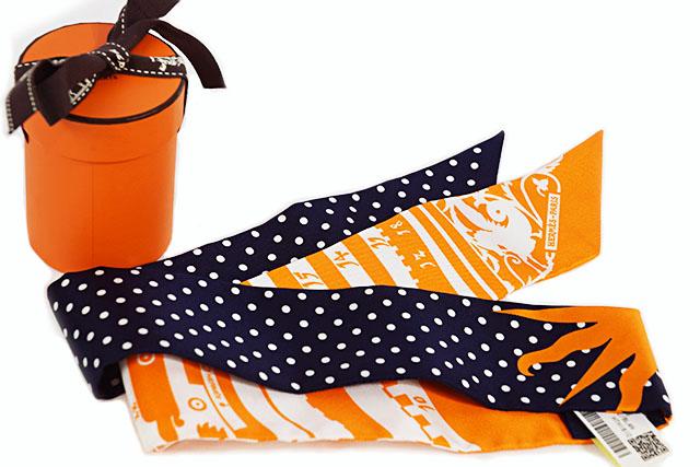 【HERMES】 エルメス  スカーフ   ツイリー  シルク100%   占星術  ドット 【Astrologie a Pois】  オレンジ×紺(マリン)×白  本物  新品  未使用