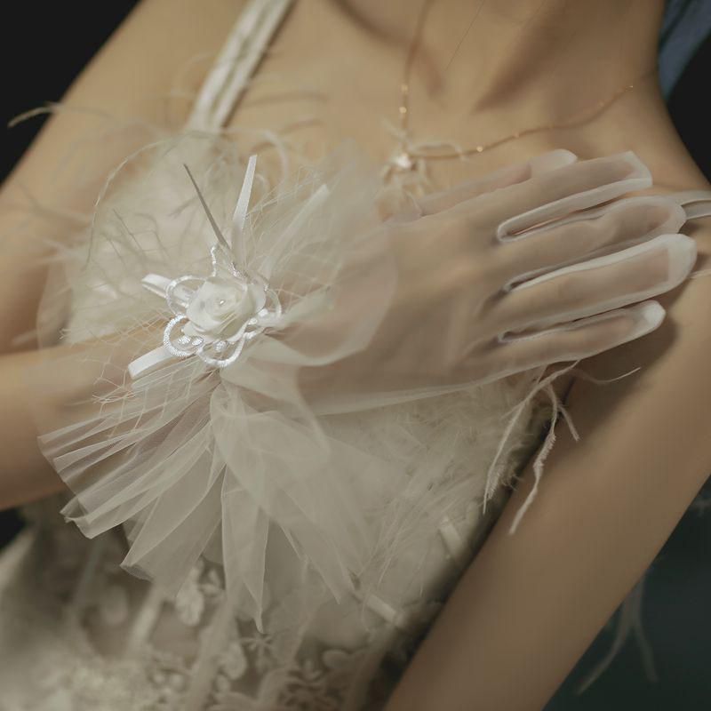 ウエディンググローブ ウェディンググローブ グローブ 海外ウエディング パーティー 結婚式 刺繍 低価格 花嫁 手袋 ブライダル ショート 可愛い 上品 glove 撮影道具 パーティー手袋 二次会 挙式 大人気 優雅 透け感 蝶結び ウェディング