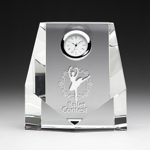 クリスタル クロック 時計 DT-7 彫刻無料 記念品 表彰 周年記念 創立記念 退職記念 お祝い 名入れ プレゼント 還暦 喜寿 金婚式 銀婚式