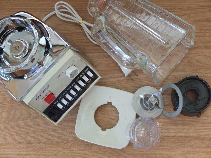 オスタライザー Oster vintage-Brenda 16 speed dual range pulse function with Osterizer Blender