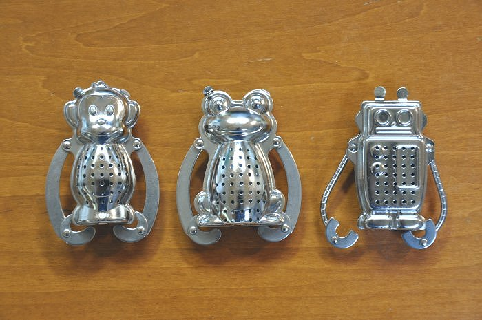 Tea strainer with shaped tea Infuser strainer robot, frogs and monkeys
