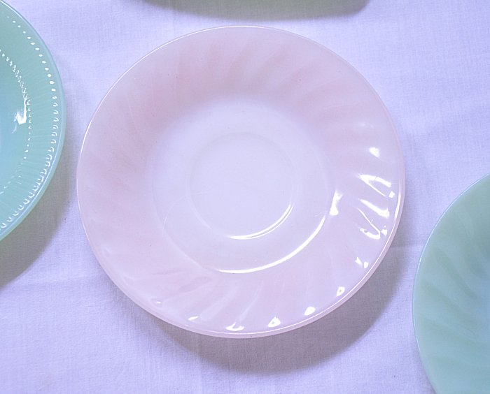 FireKing fire King pink sire saucer