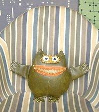 ナウガモンスター ユニロイヤル社が生んだ可愛い怪物 ナウガハイド人形 Sサイズ