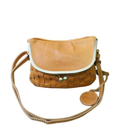 zucchero filato がま口メッシュショルダー BR ブラウン 40 48971 ナチュラルな風合いの本革製バッグ。