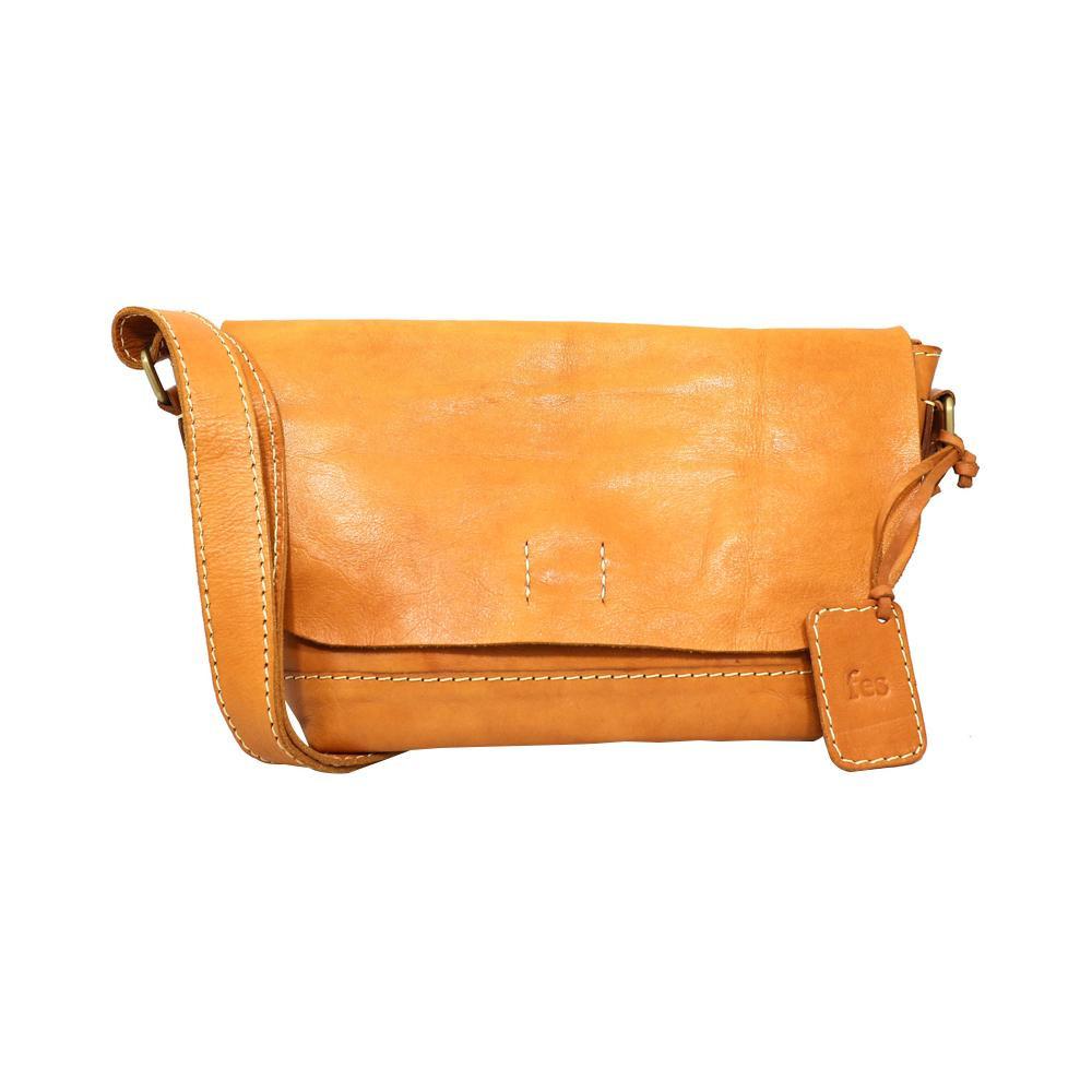 fes ショルダーバッグ BR ブラウン 40 47068 ナチュラルな風合いの本革製バッグ。