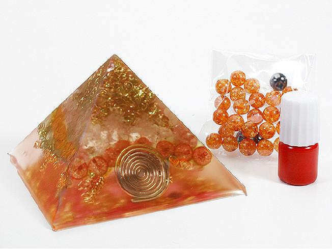 オリジナルのオルゴナイトを簡単に作成できるキット オルゴナイトキット レッド キット ピラミッド型 オルゴナイト パワースポット パワーストーン オルゴンエネルギー 送料無料 Mind 物品 浄化 新品未使用正規品 手作り オリジナル 天然石 Crystal