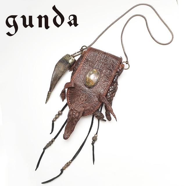 【gunda】 ガンダ ポーチ ショルダーポーチ ワニ UNISEX ユニセックス  【返品・交換不可】