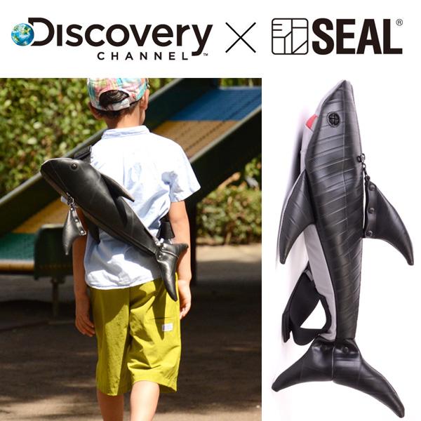【P10倍 10/26まで】 ボディバッグ メンズ Discovery Channel コラボ ボディバッグ Shark SEAL シール ブランド バッグ ショルダーバッグ ファスナー付き 防水 廃タイヤ タイヤチューブ 日本製 黒