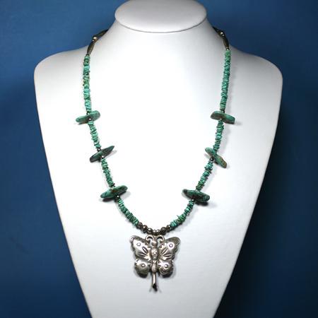 ナバホジュエリー Butterfly(蝶柄)ネックレス