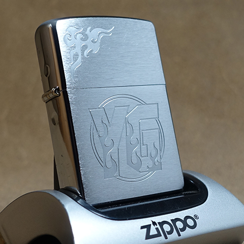 2005年製未使用品Zippo コミック誌「ヤングガンガン」キャンペーンZippo