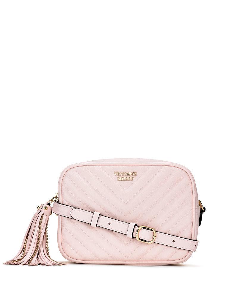 ヴィクトリアシークレットVictoria's SecretV-キルトコンバーチブルシティクロスボディベルトバッグV-Quilt Convertible CityCrossbody Belt Bag