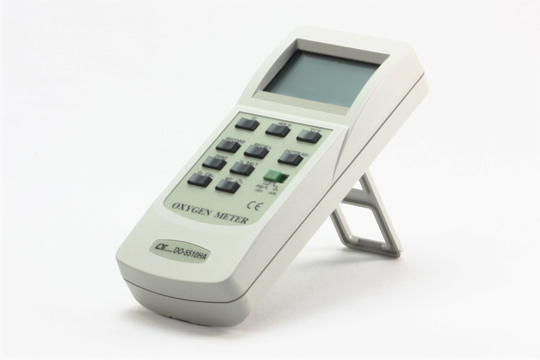 DO-5510HA 気中酸素・溶存酸素の計測が可能 ポーラグラフ式センサ採用 自動温度補正機能 データホールド機能 最大・最小値ホールド ハードケース付