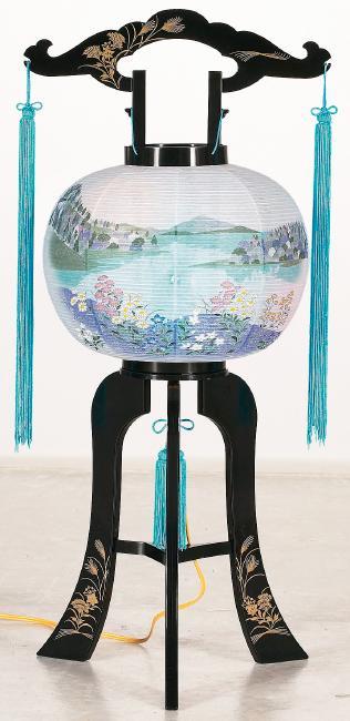 【送料無料】盆提灯 涼風9号 小菊に湖と山 208