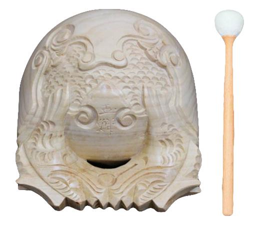 年中無休 本楠上彫り木魚 木魚撥 白木柄 皮巻木魚布団のセットです 在庫あり 4.0寸 木魚セット 仏具 本楠上彫り