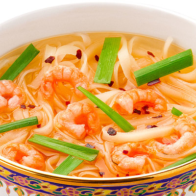 魚介の旨みとコクをベースに、さまざまなハーブと香辛料を加えることで、辛味と酸味、複雑な香りが味わえるスープに仕上げました。 成城石井 スープフォー トムヤムクン 5食入