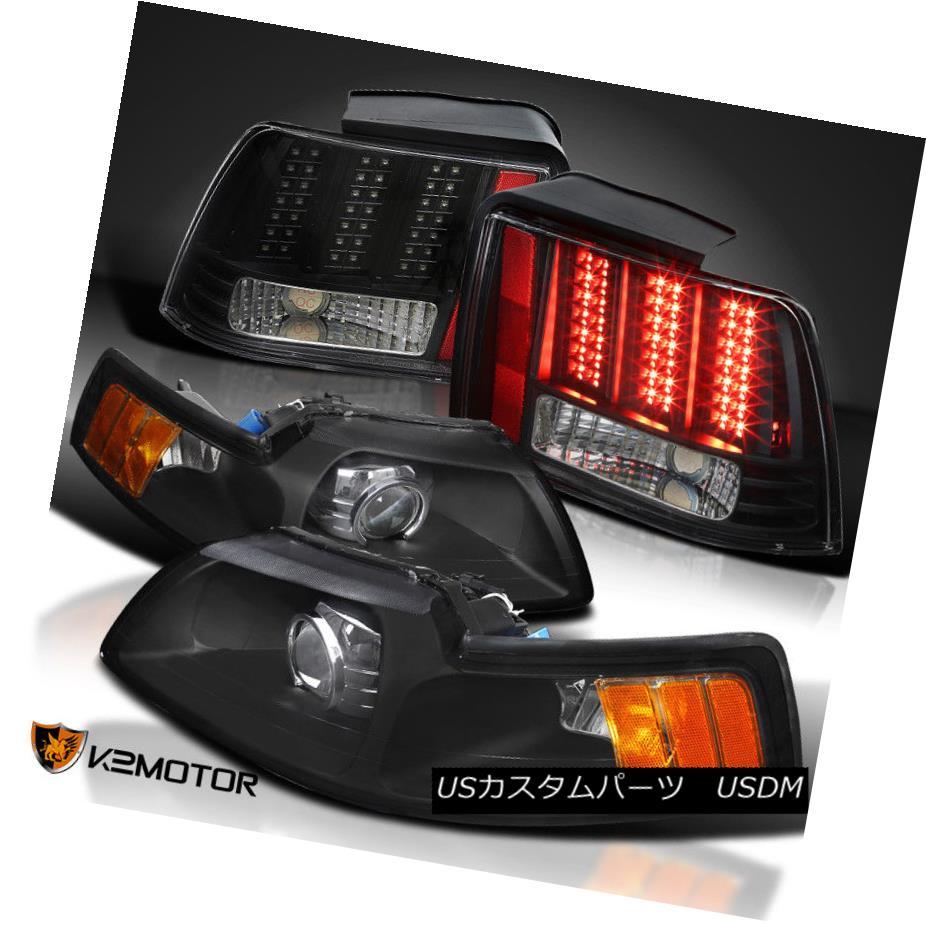 ヘッドライト Black 99-04 Mustang Retrofit Projector Headlights+Sequential LED Tail Lights ブラック99-04ムスタングレトロフィットプロジェクターヘッドライト+ Seq uential LEDテールライト