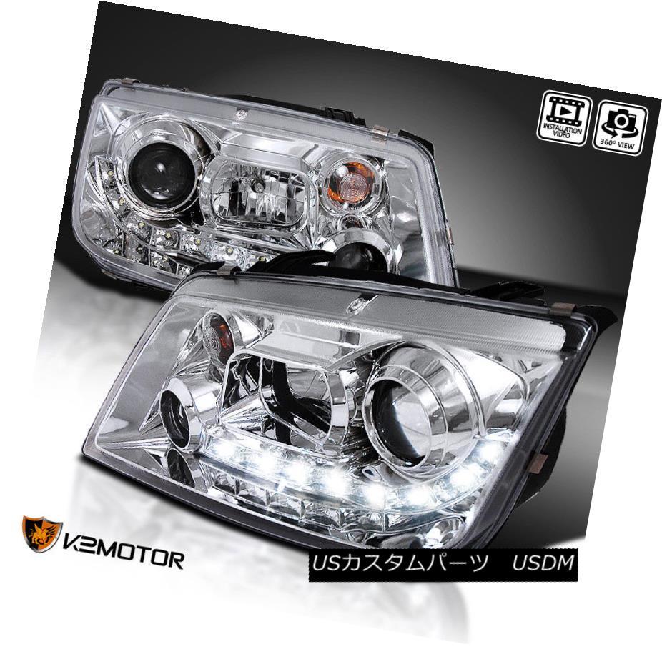 ヘッドライト For 1999-2004 VW Jetta R8 LED Projector Headlights Chrome 1999 - 2004年のVWジェッタR8 LEDプロジェクターヘッドライトクローム用